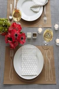 Kraft-Paper-Place-seating-2