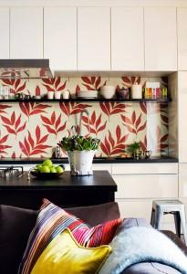 decorar-la-cocina-con-papel-pintado