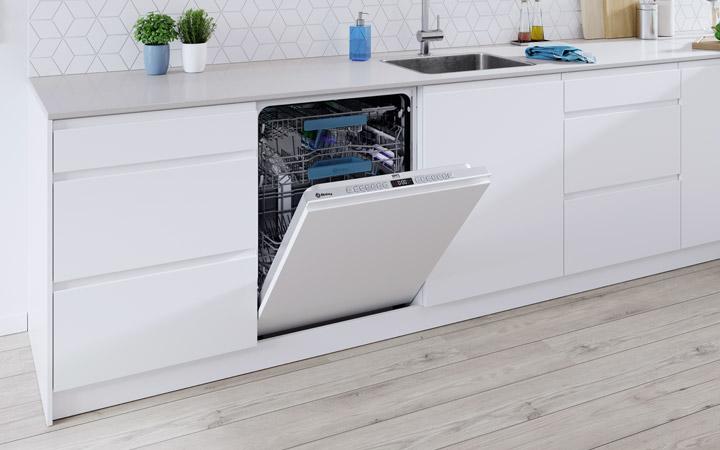 ¿Qué hacer si tu lavavajillas no seca bien los platos?
